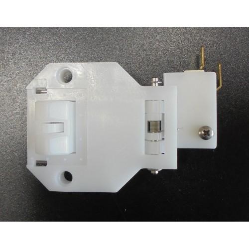 4 Защелка дверная с микропереключателем МПК  120000060625